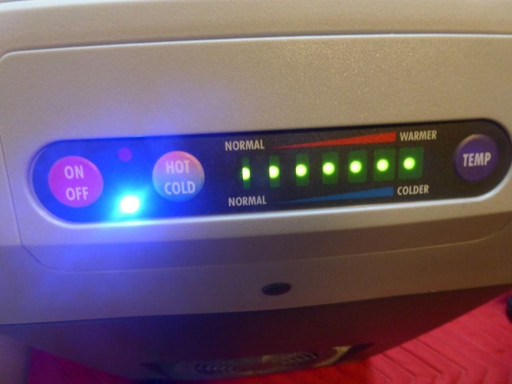 Das Soft-Touch Bedienpanel der Dometic TropiCool TC-21